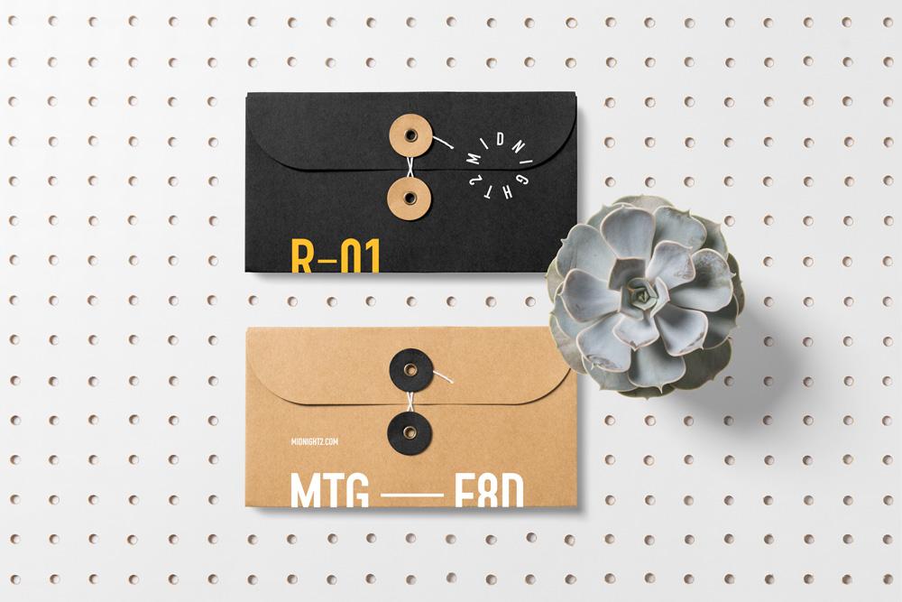 Floral Mockups Envelopes Psd